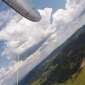 Monte Mieroszów - Paragliding Fly, Piękne cumulusy, ale czy aby nie zjedzą ?