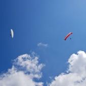 Andrzejówka Paragliding Fly, W powietrzu pierwsze glajty.