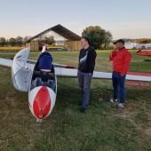 Towarzystwo Lotnicze Świebodzice kurs podstawowy 2018 dzień 7, Chyba ktoś nam juma akumulator z Bociana, na szczęście już go mamy :)