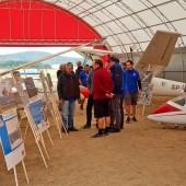 Gminny Piknik Lotniczy - wystawa szybowców i fotografii