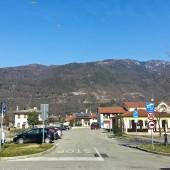 Widok na start z przed hotelu.