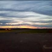 Lotniskowe zachody, zjawiskowe zachody, słońca, Aeroklub Opolski, wakacje na lotnisku.