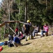 Paralotnie w Mieroszowie, Niedziela na drzewie
