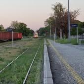 Dworzec kolejowy i autobusowy w Ząbkowicach Śląskich. Jest mój szynobus.
