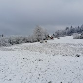 Zimowy Klin-Andrzejówka Paragliding Fly, Górka saneczkowa przy schronisku.