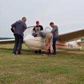 Towarzystwo Lotnicze Świebodzice kurs podstawowy 2018 dzień 9, Oglądamy przyprowadzonego z Leszna Bociana.