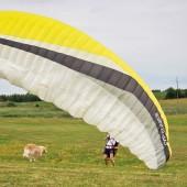 Opanowanie skrzydła to podstawa udanego startu i lądowania.
