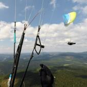 Wspólne latanie nad górką ;)