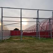 Budzi się nowy dzień między hangarami na EPWC